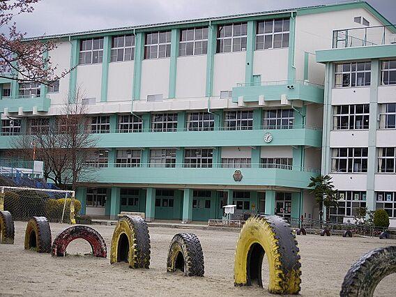 荒巻小学校(徒...