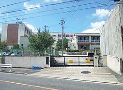 名古屋市立滝川小学校まで523m