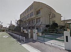 神戸市立渦が森小学校(593m)