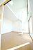 居間,2LDK,面積50m2,賃料10.0万円,北大阪急行電鉄 緑地公園駅 徒歩8分,Osaka Metro御堂筋線 江坂駅 徒歩24分,大阪府吹田市千里山西2丁目