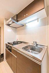 スカイコート板橋本町のコンパクトなキッチンで掃除もラクラク