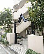 「自由が丘駅1分」 「武蔵小杉駅2分」 東横線に2店舗ある当社は東急各線を中心に多数の物件をご紹介しております。 物件・お住い・職場等、お近くの店舗にてご対応可能です。お気軽にご相談ください。