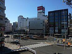 西武新宿線「久米川」駅1251m。西武新宿駅まで急行で30分