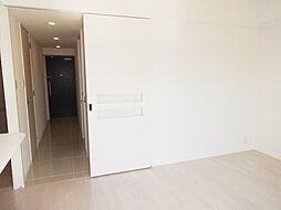 S-RESIDENCE新大阪駅前の廊下も長くていいですねー