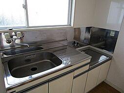 プルミエの2口ガスコンロ設置可能の使いやすいキッチンです。
