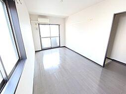フラット矢田南の洋室9.7帖 エアコン完備 南面バルコニー