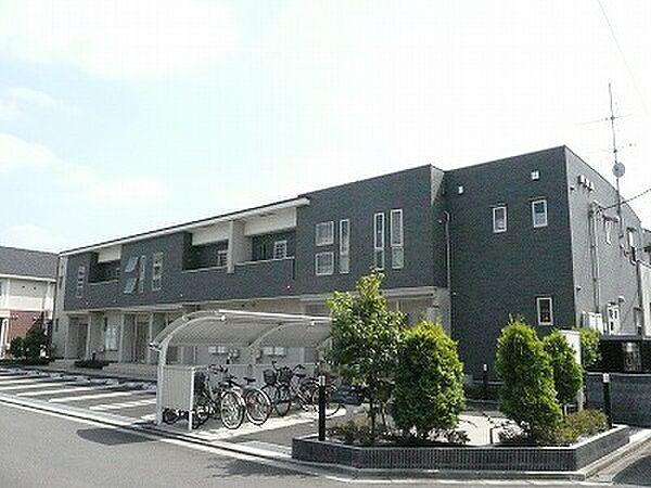 アプローズ・M[2階]の外観