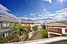 青い空と心地よい風を感じる暮らし。  青い空、木々の緑に癒される日々。吹き抜ける風に木の薫りを感じる暮らし。,3LDK,面積68.94m2,価格2,780万円,東急田園都市線 すずかけ台駅 徒歩2分,,東京都町田市南つくし野3丁目