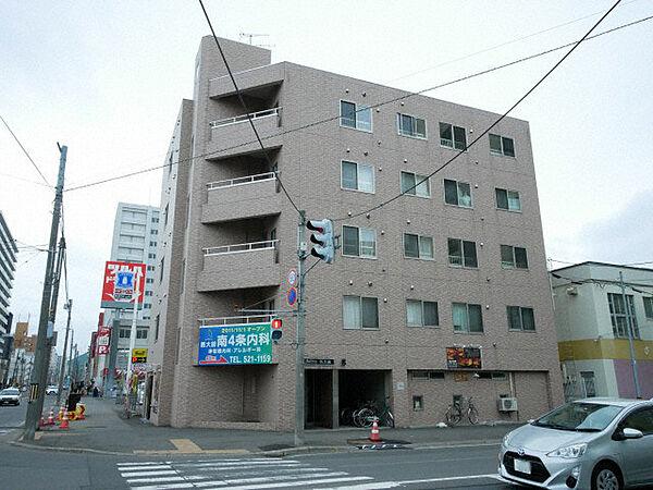 リベルティ医大前 4階の賃貸【北海道 / 札幌市中央区】
