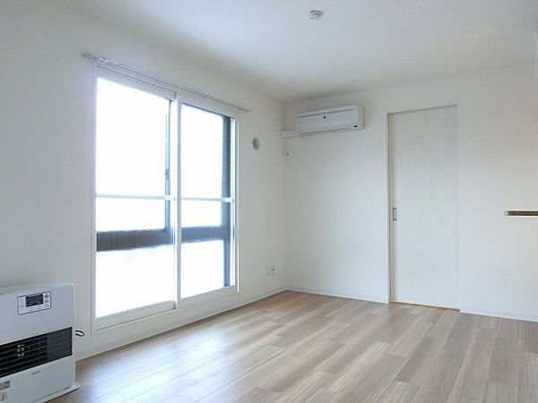 RITZ GRANDE東札幌の使いやすい居間です