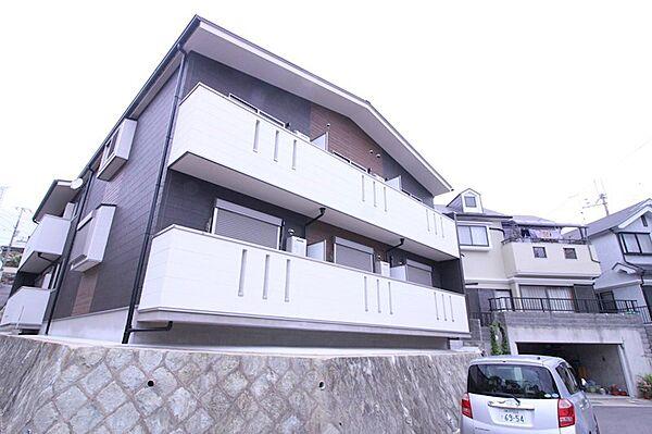 兵庫県明石市朝霧山手町の賃貸アパートの外観