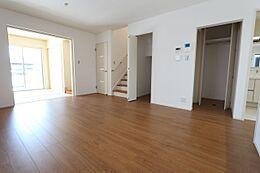 和室と合わせて19.5帖の大きなスペース