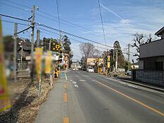 JR五日市線「東秋留」駅徒歩約3分の好立地です。