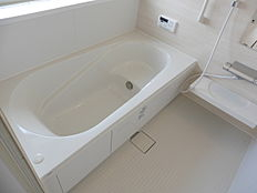 大型浴槽カラット床