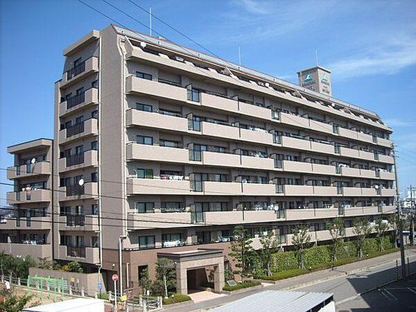 サーパス関新二番館[4階]の外観