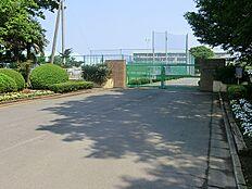 つくば市立豊里中学校(1700m)
