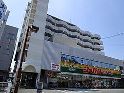 サンプラザ総持寺[8階]の外観