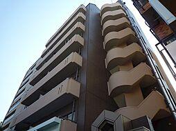 セルーエ三鷹[3階]の外観