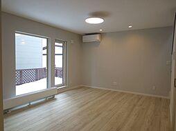 西18条南5丁目 新築物件 4LDKの居間