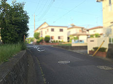 前面道路 南側約5.8m道路に接道です。
