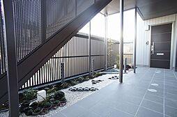 シャーメゾン フレグランス[2階]の外観