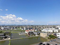 眺望北東バルコニーからの眺望です。8階からの眺めは見晴らしがよく、ツインアーチ138も見えます。