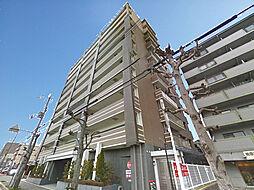 外観(重厚感漂う11階建て地下1階付きのマンションです)