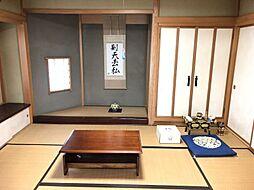 1階の和室は2部屋が続いており、来客用にも便利です