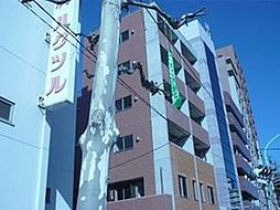 東京都新宿区市谷仲之町の賃貸マンションの外観