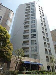 大切なペットと一緒に暮らせます 宅配ボックス・オートロック完備 安心のアフターサービス保証付き,1LDK,面積39.56m2,価格5,780万円,東京メトロ日比谷線 広尾駅 徒歩9分,東京メトロ南北線 麻布十番駅 徒歩14分,東京都港区元麻布3丁目4-29