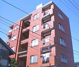 上の山ビル[1階]の外観