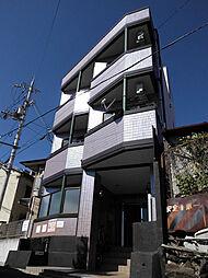 京都府京都市山科区川田御輿塚町の賃貸マンションの外観