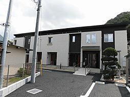 東京都八王子市高尾町の賃貸アパートの外観