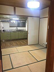 御崎1丁目 中古一戸建て 4DKの居間