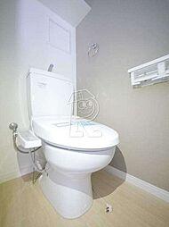 メイソンデグレース天神南の温水洗浄便座です。