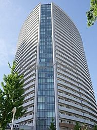 神奈川県横浜市西区みなとみらい4丁目の賃貸マンションの外観