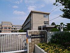 加古川市立平岡小学校まで828m