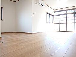 矢板市富田 戸建て 4LDKの居間
