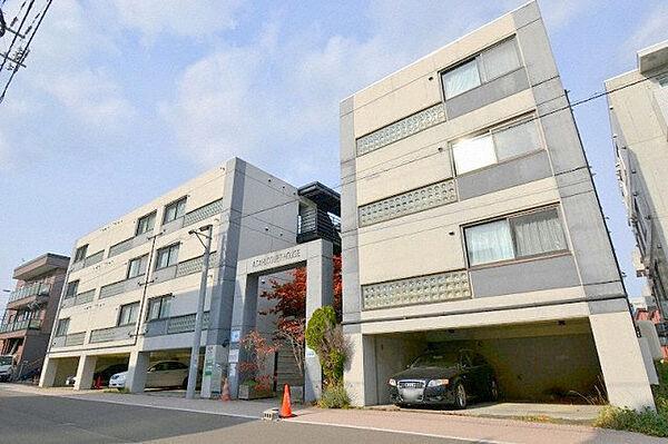 北海道札幌市豊平区旭町3丁目の賃貸マンション