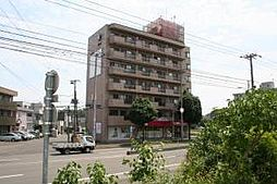 北海道札幌市清田区真栄三条2丁目の賃貸マンションの外観