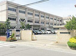 大和東小学校まで1100m(徒歩14分)