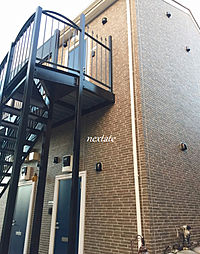神奈川県横浜市南区唐沢の賃貸アパートの外観