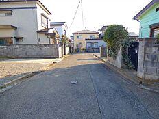 東側前面道路幅員約4m