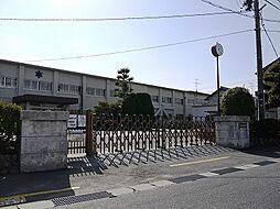 稲沢市立六輪小学校(1350m)