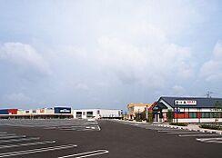 スーパーイズミヤスーパーセンター 紀伊川辺店まで1626m