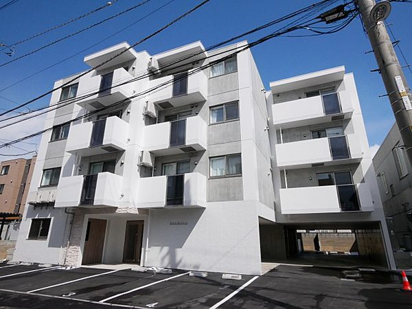 プルミエ八軒東 4階の賃貸【北海道 / 札幌市西区】