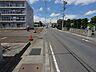 東側道路は間口:62m、幅員:9mで公道に接道しています。西側道路は間口:56m、幅員:8mで公道に接道しています。角地なので採光が取れやすい!