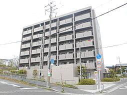 大阪府豊中市西泉丘1丁目の賃貸マンションの外観