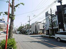 近隣商業地域になりますので住宅以外にも適した立地です。