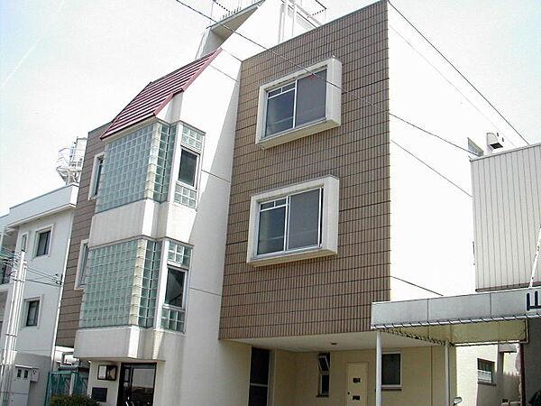 マンショングルンヴァルト[3階]の外観